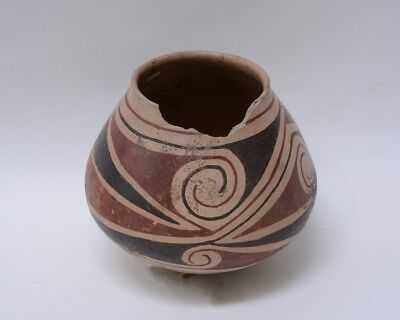 Prehistoric Indian  -  Large Casas Grandes Pottery Jar