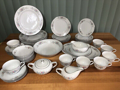 """Florenteen Fine China """"Fantasia"""" Replacement Plates, Cups, Saucers Serving"""