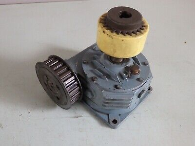 Renold helical gearbox 29/3 (9.7:1) right A c/w safety coupler & timing pulley
