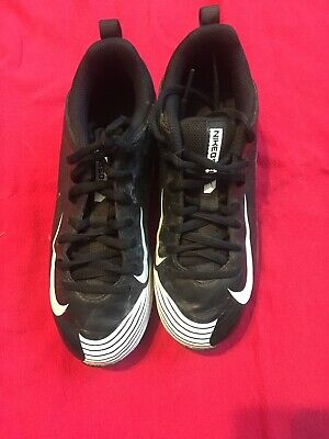reputable site 10ba0 6fb8a Nike Baseball Cleats Size 2.5y