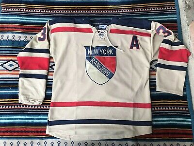 super popular 68228 170f2 NEW YORK RANGERS Mats Zuccarello 2012 Winter Classic Jersey Size 50 RÉPLICA