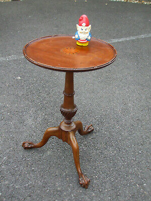 Fine quality Edwardian inlaid mahogany tripod wine table, claw and ball feet
