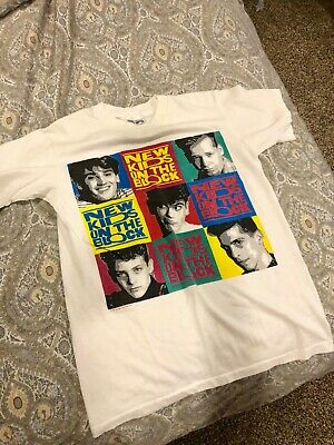 852df470a Vintage New Kids On The Block t-shirt size Small Nkotb Pop Group Shirt