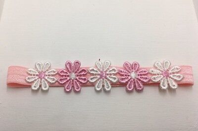 BABIES PINK HEADBAND WITH PINK AND WHITE DAISIES 0-6 months