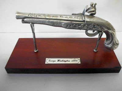 Miniatur-Pistole-versilbert-Hawkins-London-George Washington 1778-silver pistol