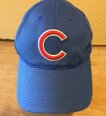 81add03b28e Vtg 90s Outdoor Cap CHICAGO CUBS SNAPBACK HAT blue red letter c logo  Men Women