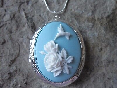 Stunning Hummingbird And Roses Silver Plated Locket (White On Blue) - Bird