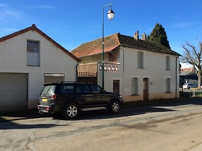 FINAL REDUCTION** Large detatched property in central France... PRICE REDUCED