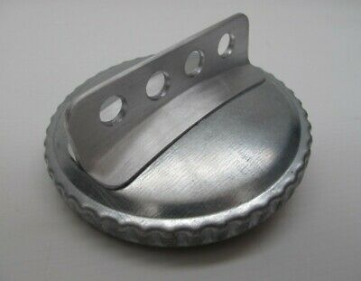 G.T. fuel filler cap with fin 100mm,This will fit all Porsche 356 models.