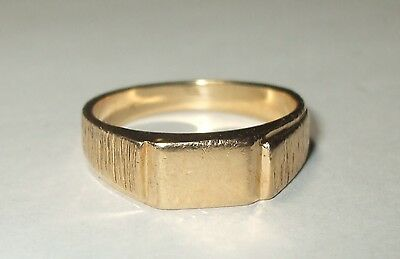 Vintage Solid 10K Yellow Gold Textured Bark Signet Ring Sz7.5 No Mono 5MM Wide