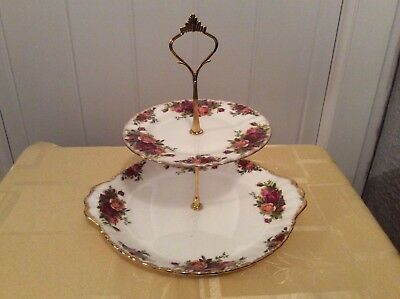 A Royal Albert Old Country Roses 2 Tier Cake/Sandwich Stand (A)