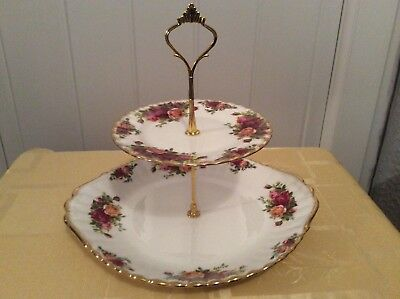 A Royal Albert Old Country Roses 2 Tier Cake/Sandwich Stand (B)