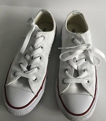 b557e8743bc8 CONVERSE CHUCK TAYLOR ALL STAR KIDS YOUTH SHOES SIZE 2 White canvas low top