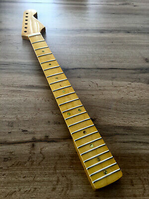 Stratocaster Hals / Neck maple  , AAA-flamed, vintage gloss