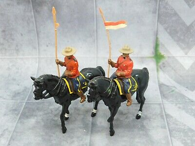 CANADIAN MOUNTIES Cavalry x2 Britains 61692