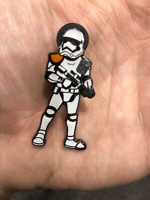 Road to Star Wars Celebration 2019 Chicago FIRST ORDER STORMTROOPER PIN SWC Fotk