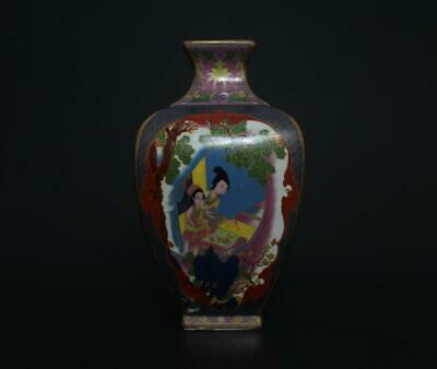 Perfect Antique Chinese Porcelain Famille-Rose Vase Yongzheng Mark