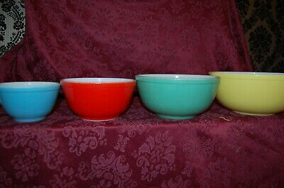 Set of 4 Pyrex Primary Colors Glass Nesting Mixing Bowls 401 402 403 404 VG EC