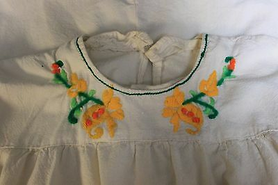 VTG 1970s Girls sz 14/16 White Shirt Handmade Yellow Flower Mod Hippy Bohemian