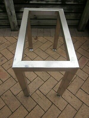 Solid  Commercial Stainless Steel Stand bench