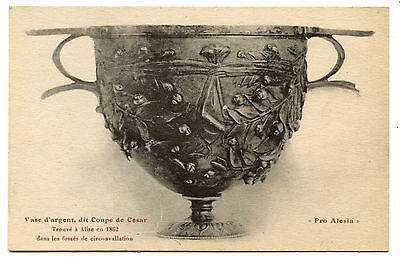 Archaeology.alesia.musee D'Alise.archeologie.fouilles.vase D'Silver Holds Caesar