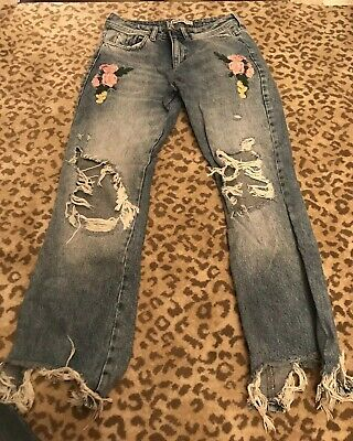 829c4c27 Zara Distressed Denim Jeans With Floral Embroidered Patches Womens Size 4