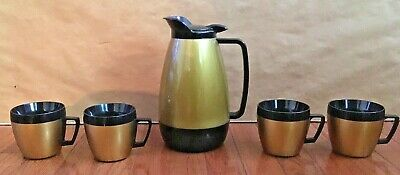 Thermo-Serv Insulated Pitcher and 4 Thermo-Serv Cups Mugs - Black & Gold Plastic