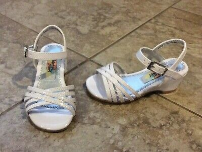 51bc2f88d1f3 New  28 Rachel Baby Toddler Girl Size 7 White Dress Shoes Sandal Low Wedge  Heel