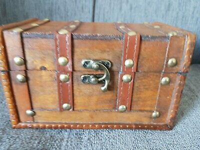 Vintage Style Small Wooden Treasure Chest Trinket Storage Decor New