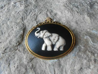 Hand Painted Elephant Cameo Antiqued Gold Tone Brooch / Pin - Africa - African