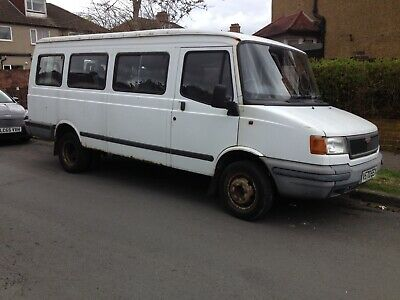 Ldv Convoy Mini Bus 17 Seater with Reliable 2.5 Ford transit Banana Engine
