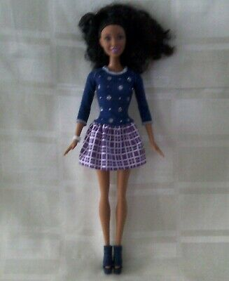 Barbie fashionista doll Nikki blue/pink dress