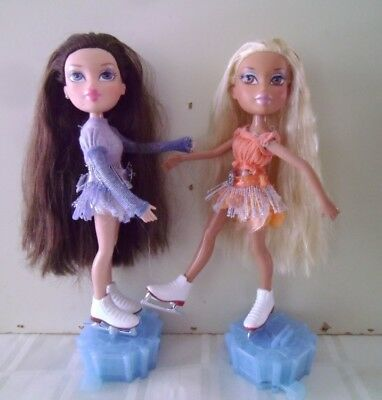 2 Bratz ice skating dolls