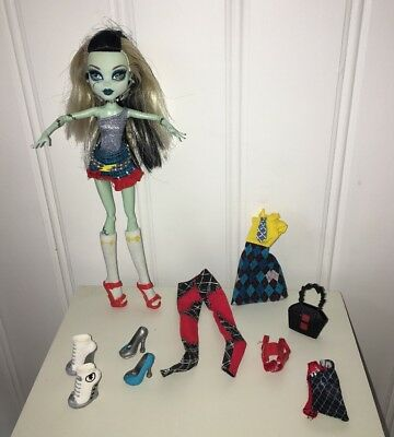 "Monster High----Frankie Stein ""I Heart Love Fashion""----Doll Clothes Accessories"