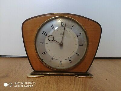 Vintage Retro Metamec Art Deco Wind Up Mantel Clock Wood / Formica Retro 1960's