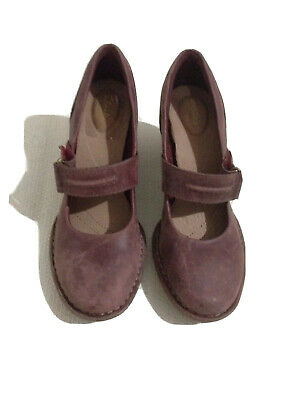 Ladies Clarks Shoes Carleta Prato Wine Leather Shoes Size 5D UK