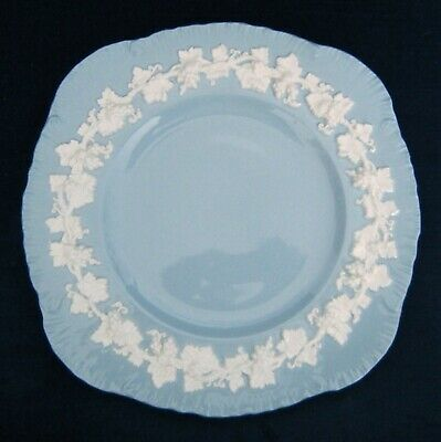 Wedgwood Queensware SQUARE LUNCHEON PLATES SHELL EDGE Cream Color On Lavender