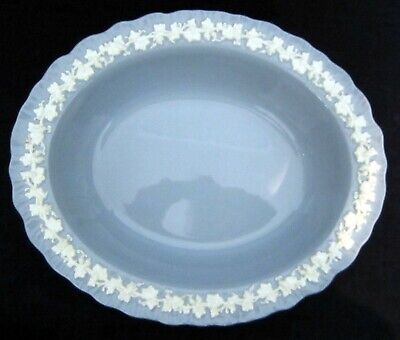 Wedgwood Queensware OVAL SERVING BOWL Cream Color On Lavender Shell Edged