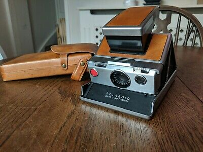 Polaroid Sx-70 Land Camera With Leather Case,