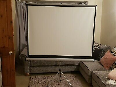 1902395 Nobo Tripod  Projection Screen 1500 x 1138mm - 1902395  *USED*