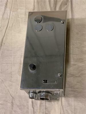 GE No. 72268 Watertight Stainless Steel Enclosure w/ CR206L403 Motor Starter