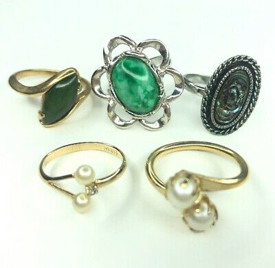 b6a005bcba898f E Lot 5 Vtg Retro Sarah Coventry Rings Mixed Sizes Abalone Pearl Gold Tone