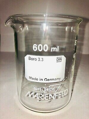 Beaker 600 ml, Borosilicate glass 3.3, low shape with spout, Graduated
