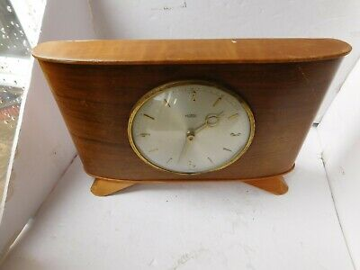 Vintage Wood METAMEC Dereham 8 DAYS 7 JEWELS Mantel Clock French movement workin