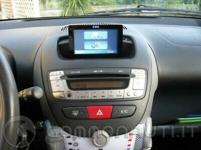Geosat 6 Drive SafePeugeot 107 Sweet Years navigatore rimovibile con magnate