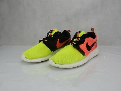 info for ee112 c91b3 Nike Rosherun Volt Hyper Punch Black 669689 Shoes Mens Size 9.5 Sneakers  Used s
