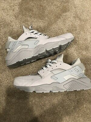 83afe362d1853 Nike Air Huarache One Run Size 12 All Gray Suede Running Lifestyle Low  Stealth