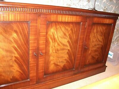 Large Mahogany Chippendale Style Sideboard 3 Doors Reproduction Vintage
