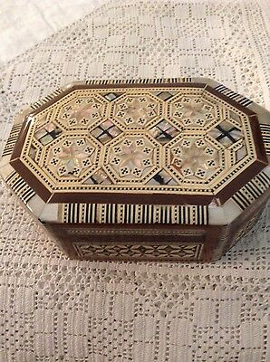 A Lovely Inlaid Oval Wooden Box