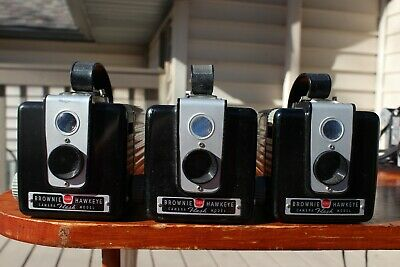 3 Vintage Kodak Brownie Hawkeye Cameras Flash Model